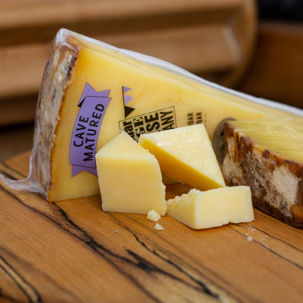 self-isolation-bring-bar-home-wine-cheese-pairing-mature-cheddar-gorge-company-bundles-lockdown-snack