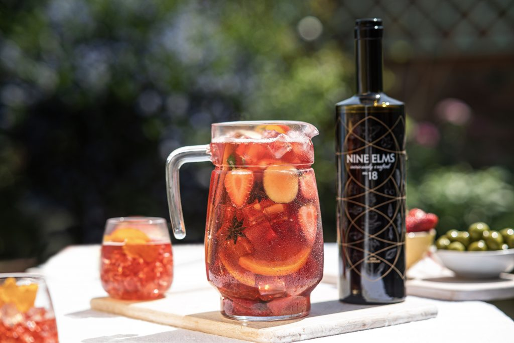 summer-cocktails-days-nights-nineelms-sangria-fruit