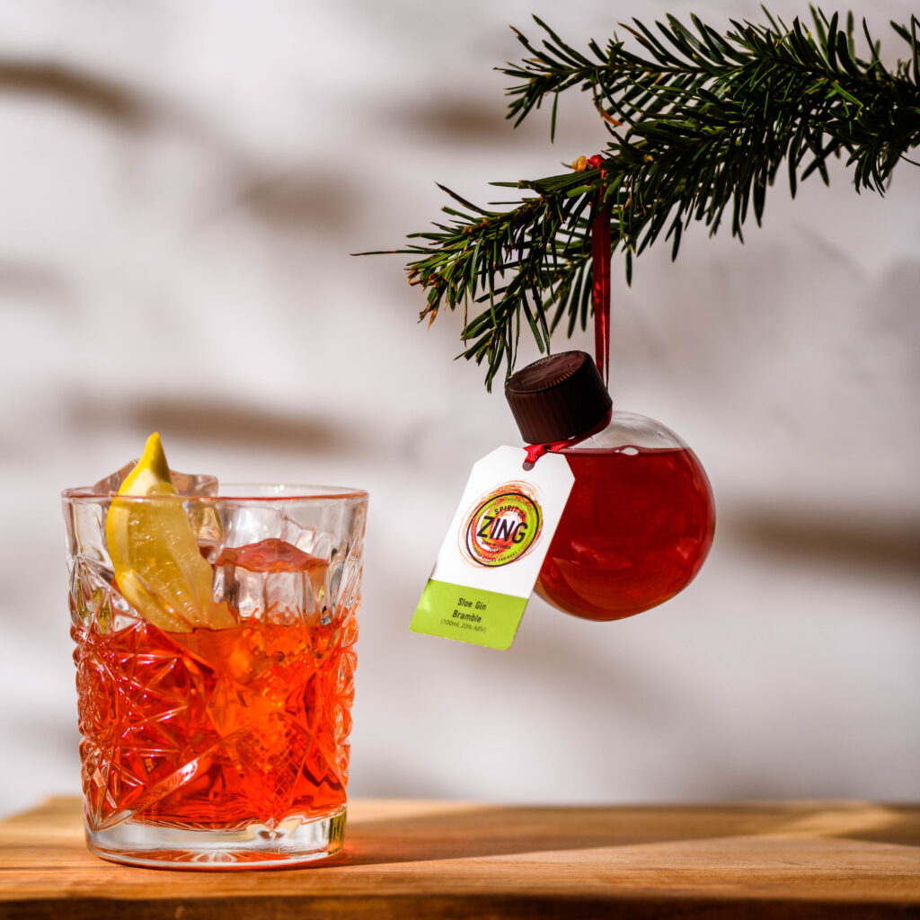 christmas-cocktail-gift-guide-world-zing-baubles