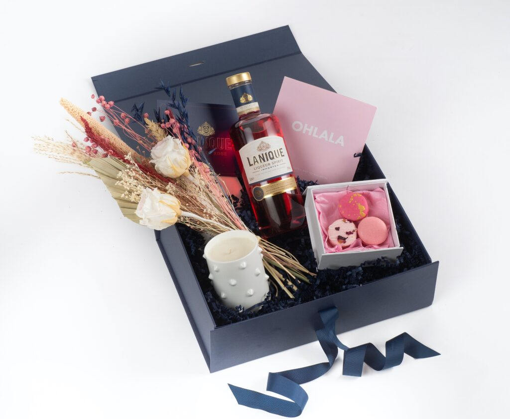 food-drink-valentines-day-help-celebrate-lanique-love-box